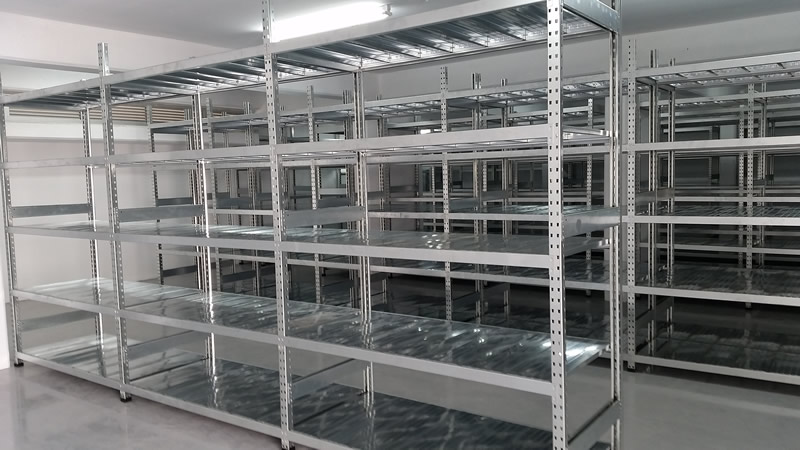 Clip-on Galvanized shelves, Cyprus