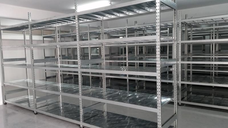 Clip-on Galvanized shelves, Cyprus